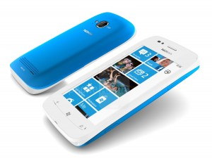 Nokia-Lumia-710-add2