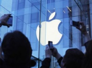 apple-is-developing-a-curved-glass-smart-watch