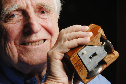 Computer mouse inventor Engelbart Douglas died at 88