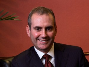 Huawei has appointed Colin Giles as Executive VP Consumer Business Group