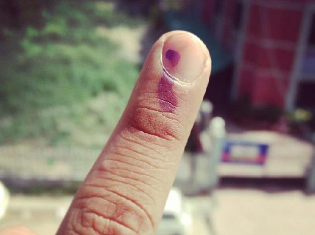voting_finger