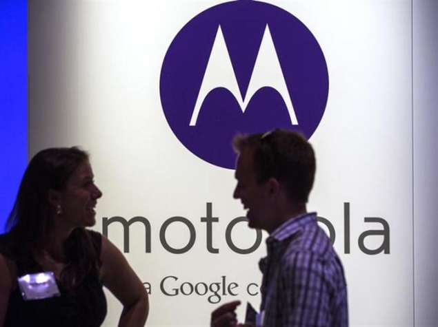 motorola_lady_reuters