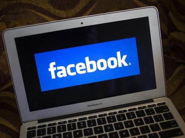 facebook_mac_book_air_reuters