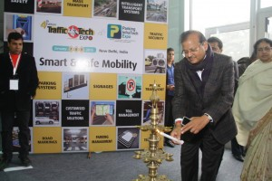Mr. Shankar Aggarwal, Secretary, Ministry of Urban Development inaugurating TrafficInfraTech EXpo 2015