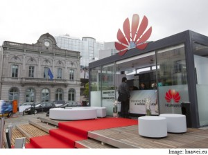 Huawei press conference at place du Luxembourg