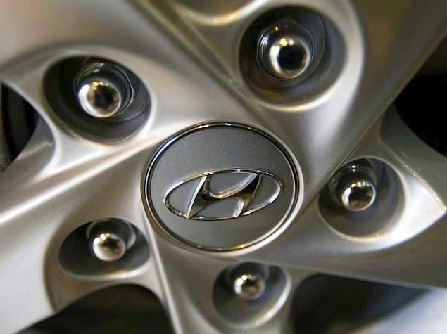 hyundai wheel logo