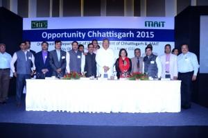MAIT_CHiPS Teams_CM Dr Raman Singh_Govt Officials of Chhattisgarh
