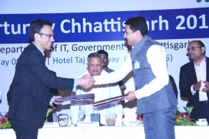 MoU by Anwar Shirpurwala, ED,MAIT and Saurabh Kumar, CEO, CHiPS, Chhattisgarh