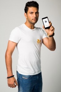 UCWeb ties up with Yuvraj Singh 1