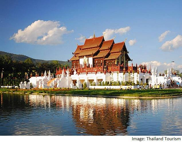 chiang mai temple thailand tourism