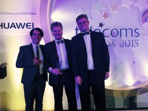 Steve Summers_Market Unit Head_Europe _receiving the Award