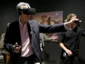 Prime_Minister_Lee_Hsien_Loong_VR_headset