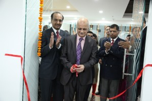 r-chandrashekar-president-of-naascom-innaugrated-the-tavant-technologies-new-facility-in-noida-with-krishnan-pp-cdo-tavant